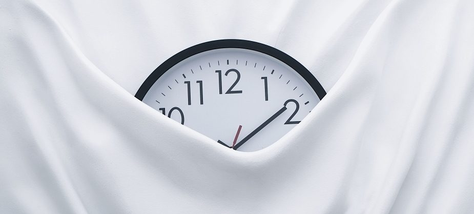 waste time by showing clock